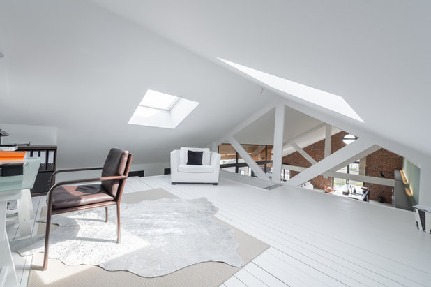 Contemporain Bureau à domicile by PIPPA SCHALLIER STUDIO