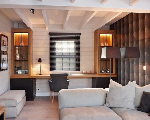 Plafond En Pente Home Office Design Ideas, Remodels & Photos
