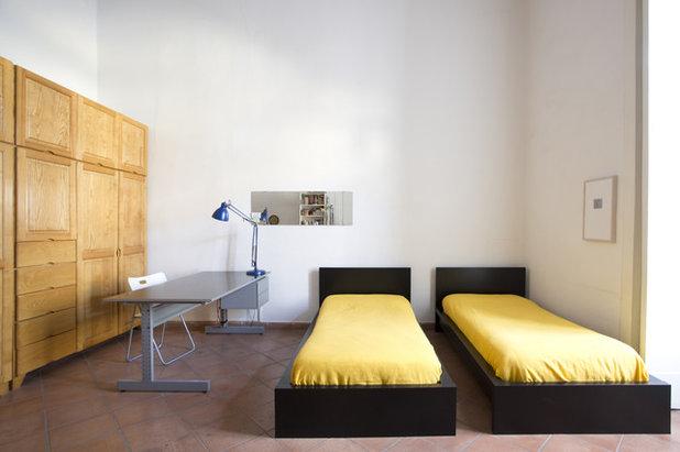 Contemporaneo Camera da Letto by Cristina Cusani