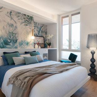 Esempio di una camera da letto stile marinaro
