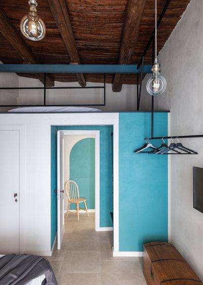 Industriale Camera da Letto by Paola Sola architetto &interior design