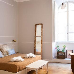Camera da letto con pareti grigie - Foto e Idee per Arredare