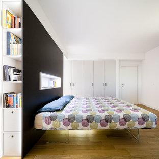 Immagine di una camera da letto nordica