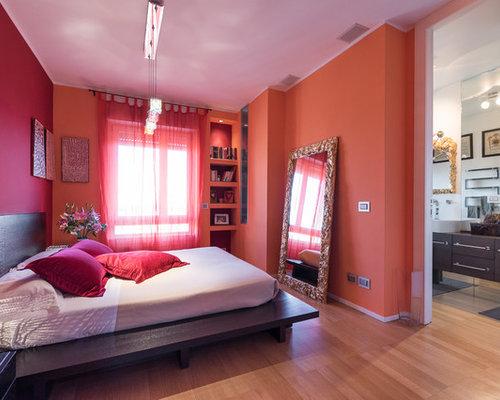 955 Foto di camere da letto con pareti rosse