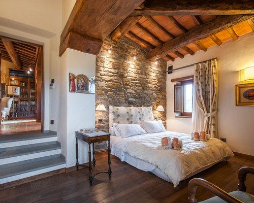 Camera da letto con parquet scuro Firenze - Foto e Idee per Arredare