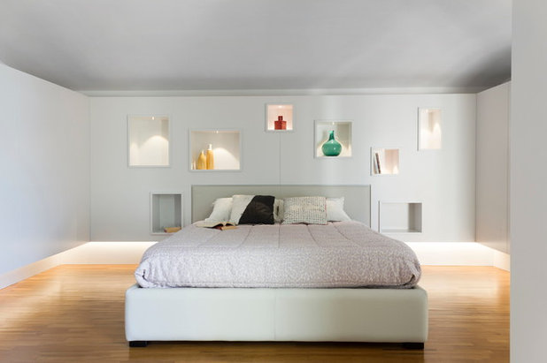 Contemporary Bedroom by ARCH. ILARIAPATRIARCA