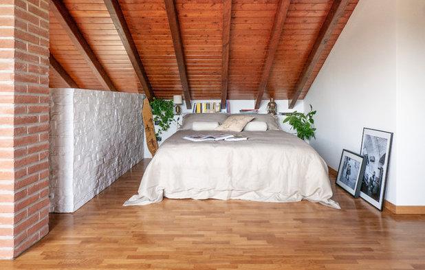 Scandinavian Bedroom by Liadesign
