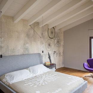 Esempio di una camera da letto boho chic