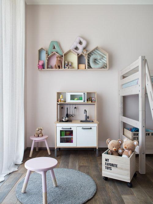 Foto e idee per stanze dei giochi stanza dei giochi for Cameretta bambini piccola