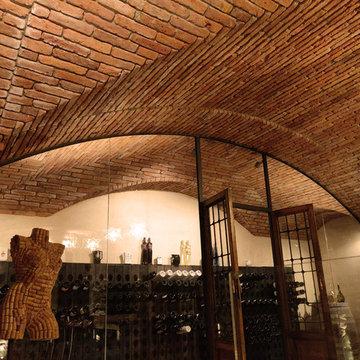 Taverna con cantina vini