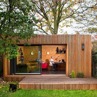 Bild på ett litet funkis fristående kontor, studio eller verkstad