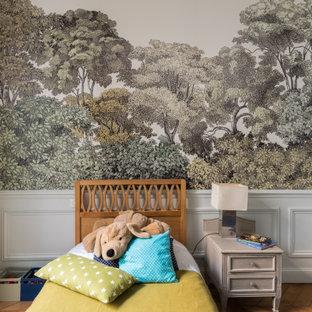 Inspiration pour une chambre d'enfant traditionnelle.