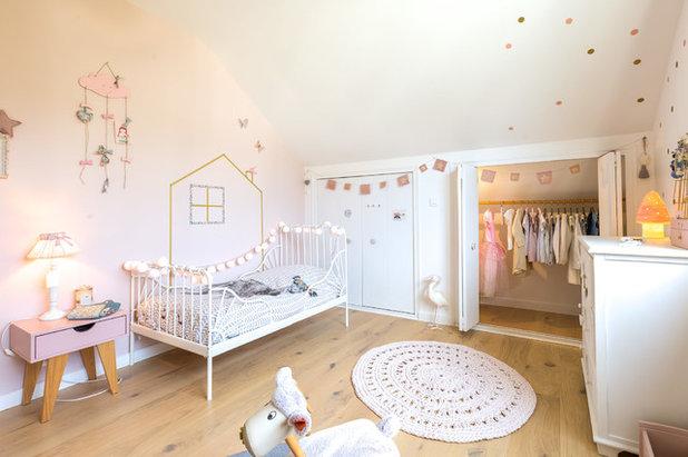 Scandinave Chambre d'Enfant by Atelier AÖKIE | Edwige de VATHAIRE