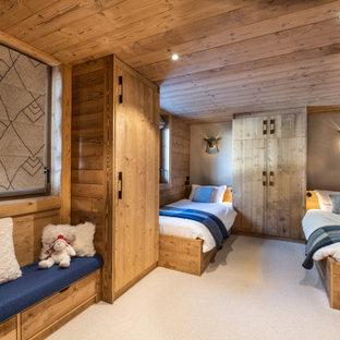 Idée de décoration pour une chambre d'enfant chalet.