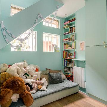 Chambre d'enfant contemporaine et lumineuse