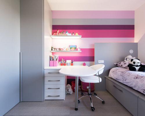 chambre fille couleur mur chambre d enfant avec un mur multicolore photos et id - Chambre Multicolore Fille
