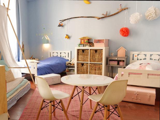 Classique Chambre d'Enfant by Agence de décoration Bepop & Lula