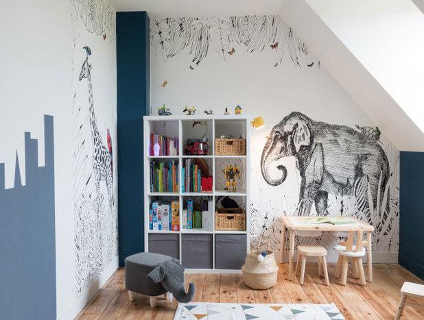 Contemporain Chambre d'Enfant by ATMOSPHÈRES DESIGN