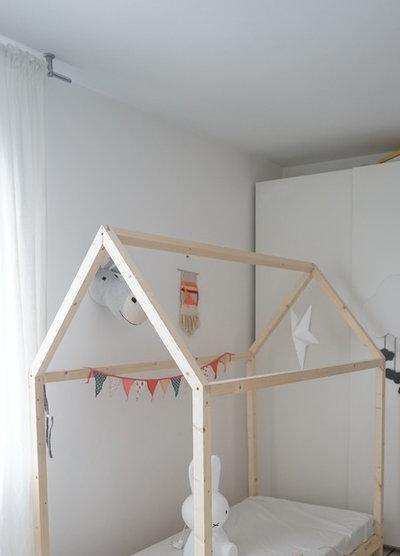 Skandinavisch Kinderzimmer by DECOuvrir design et Nouvelle Bossa