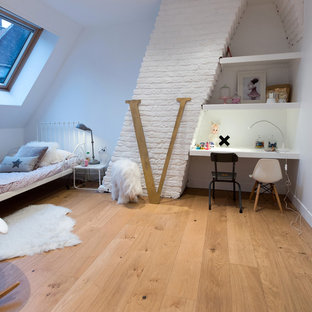 Réalisation d'une chambre d'enfant de 4 à 10 ans design de taille moyenne.