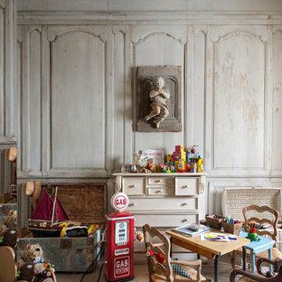 Cette Image Montre Une Chambre Du0027enfant De 4 à 10 Ans Rustique De Taille