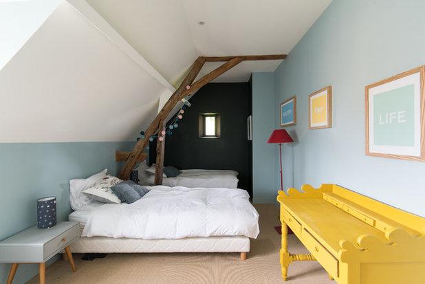 Landhausstil Kinderzimmer by LES CHANTIERS COTTIN