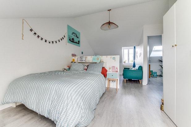 Scandinave Chambre d'Enfant by ADORA Rénovation