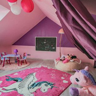 Esempio di una grande cameretta per bambini shabby-chic style