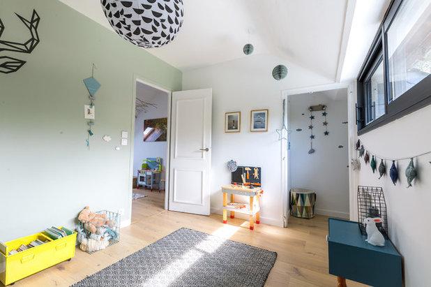 Contemporain Chambre d'Enfant by Atelier AÖKIE | Edwige de VATHAIRE