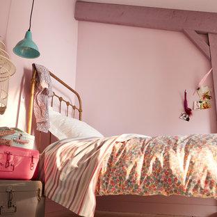 Diseño de dormitorio infantil de 4 a 10 años, actual, de tamaño medio, con paredes rosas