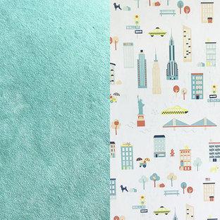 Inspiration pour une chambre de bébé garçon design de taille moyenne avec un mur vert, moquette et un sol vert.