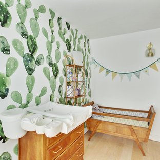 This is an example of a retro nursery in Paris.
