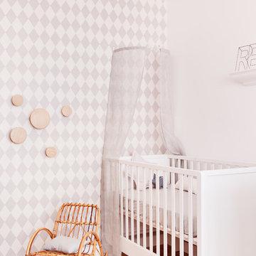 Chambre de bébé toute blanche