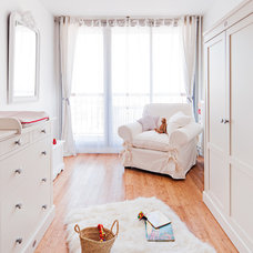Farmhouse Nursery by Marion Alberge Décoration