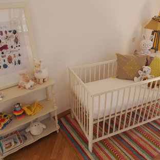 Example of an island style nursery design in Montpellier