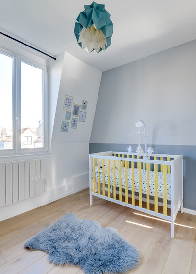 Moderne Chambre de Bébé by Transition Interior Design