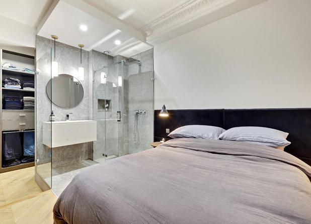 Contemporary Bedroom by Decor Interieur