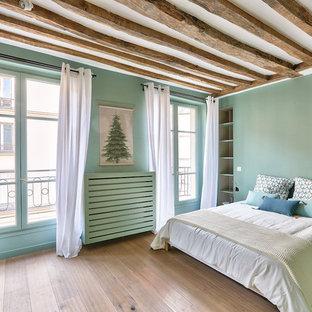 Chambre scandinave avec un mur vert : Photos et idées déco de chambres