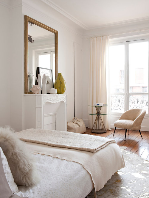 Small Apartment Bedroom Ideas And Photos | Houzz