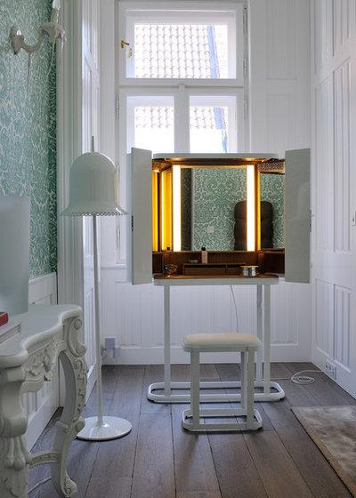 schminktisch ideen welcher schminktisch passt zu welchem typ. Black Bedroom Furniture Sets. Home Design Ideas