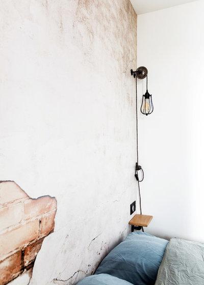 Chambre by NEVA Architecture Intérieure - Interior Design