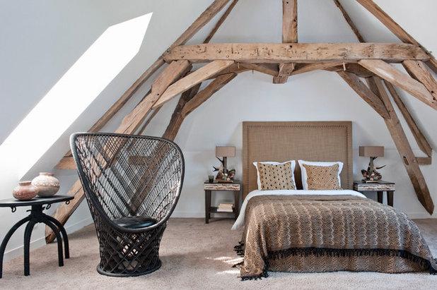 18 astuces pour am nager une chambre sous les toits. Black Bedroom Furniture Sets. Home Design Ideas