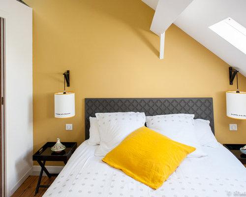 Mezzanine bedroom design ideas renovations photos with yellow walls - Bed mezzanie kind ...