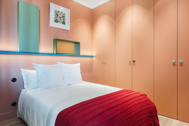 Modern Schlafzimmer by DECODHEURE