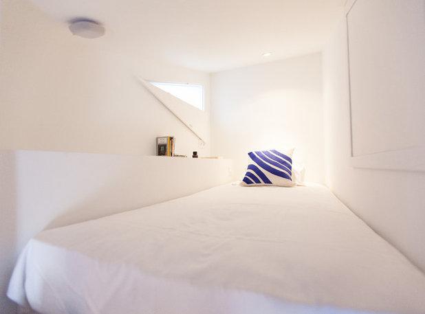 visite priv e une chambre de bonne parisienne de 8 m fait peau neuve. Black Bedroom Furniture Sets. Home Design Ideas