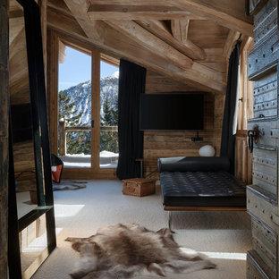 Chambre avec moquette avec un mur marron : Photos et idées déco de ...