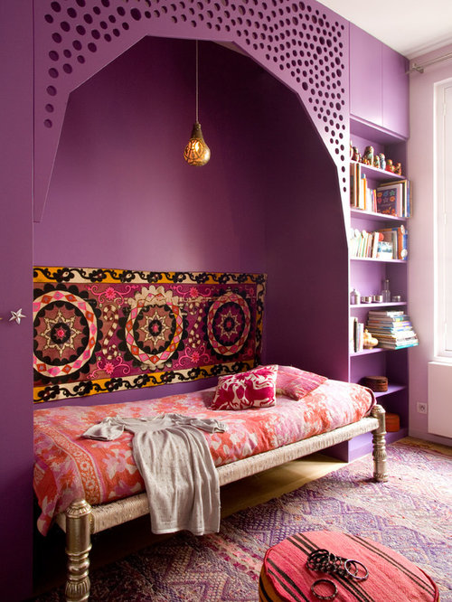 chambre avec un mur violet photos et id es d co de chambres. Black Bedroom Furniture Sets. Home Design Ideas