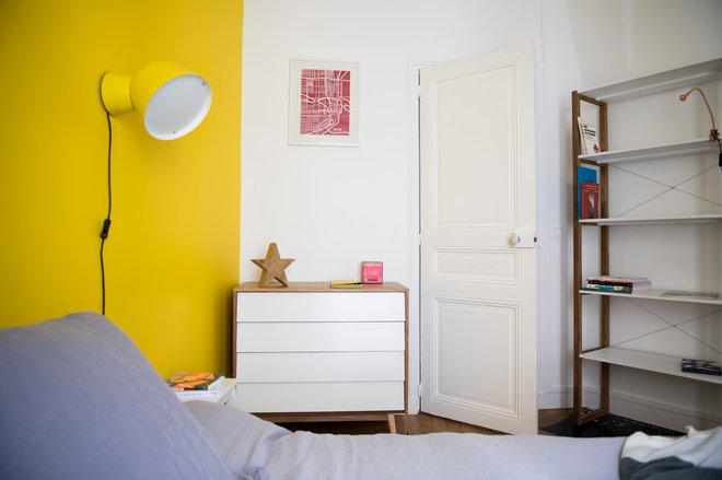 Transitional Bedroom by Scènes en Couleurs