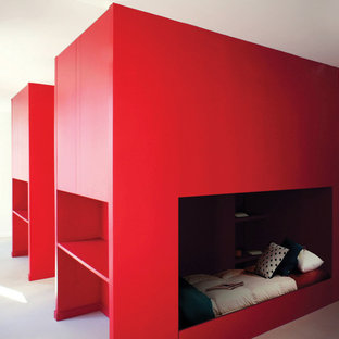 Photo of a small contemporary master bedroom in Nantes with red walls.