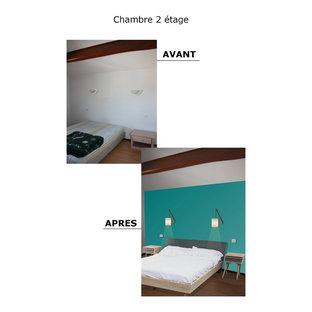 Chambre mansardée ou avec mezzanine scandinave avec un mur bleu ...